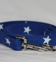 blue dog lead with white stars