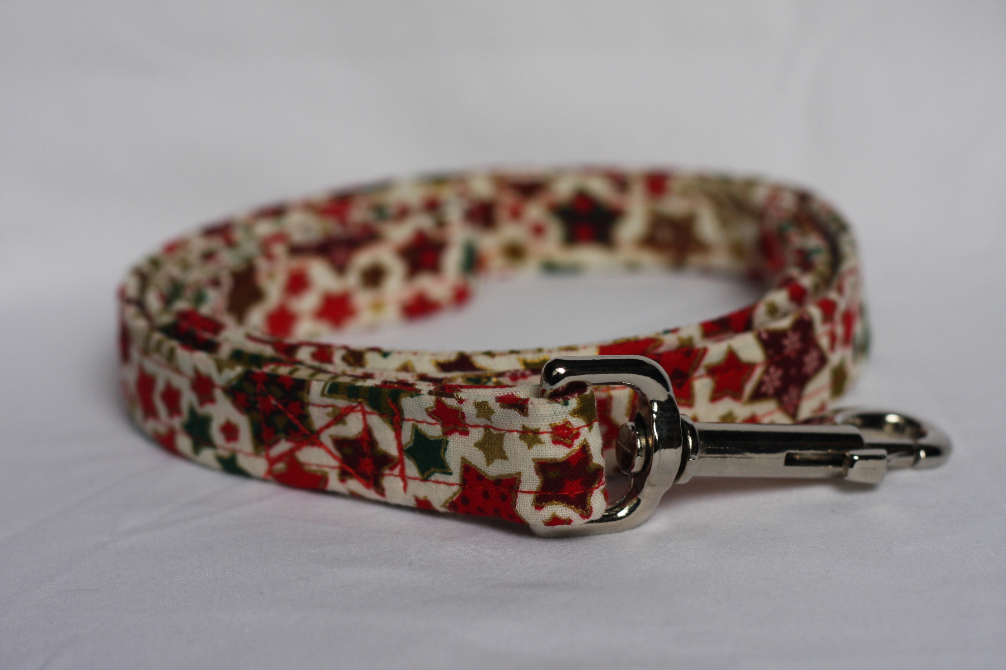 Red Dog Lead With Christmas Stars